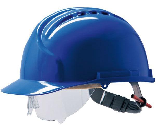Helm mit Schutzbrille
